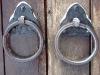 Андерсенград. Кольца на воротах