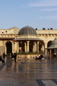 11276  225x300 mechet omeyadov v aleppo 05 Мечеть Омейядов в Алеппо