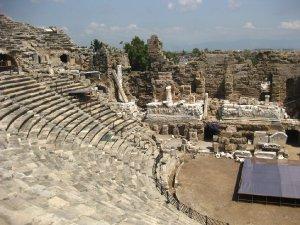 12184  300x225 amfiteatr v side 03 Амфитеатр в Сиде