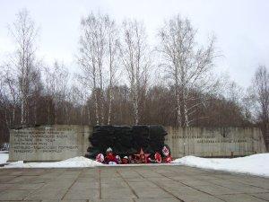 2219  300x225 memorial reka voronka 14 Мемориал на реке Воронка
