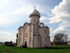 3953  300x225 church of our saviour on nereditsa hill 30 Церковь Спаса на Нередице