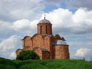 4285  300x225 cerkov spasa na kovaleve 02 Церковь Спаса на Ковалеве