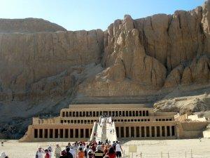 5714  300x225 hram caricy hatshepsut 05 Храм царицы Хатшепсут