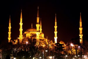 6592  300x225 golubaya mechet 16 Голубая мечеть