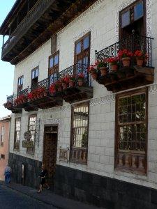 6864  225x300 dom s balkonami 15 Дом с балконами (La Casa de los Balcones)