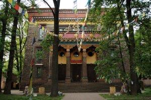 7023  300x225 buddijskij hram dacan gunzechojnej 24 Буддийский храм Дацан Гунзэчойнэй