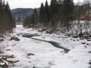 759  300x225 reka prutec 05 Река Прутец