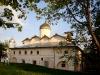 Вид на церковь Прокопия от церкви Жен Мироносиц