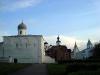 Церковь Успения на Торгу видом на церковь Параскевы Пятницы и Гостиный двор