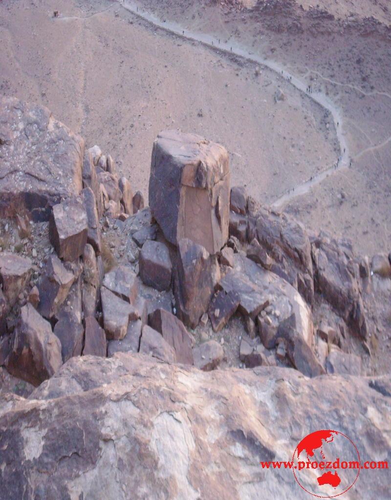 Исток воды горы моисея раскопки видео замечательно