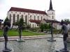 Литомышль. Монастырские сады и костел Возвышения Святого Креста