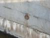 Обводный канал. Кольца в стенах