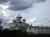 Варлаамо-Хутынский монастырь. Здание библиотеки и купола Спасо-Преображенского собора