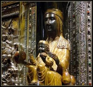 chernaya madonna 300x279 Монастырь Монсеррат